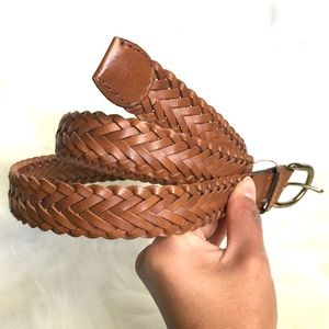 Accessories - Bonded leather woven braided brown belt Sz S / 34